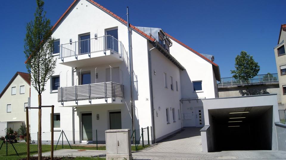 Mehrfamilienhaus / Guttensteinweg